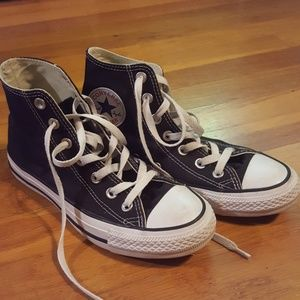 Converse all star high top sneakers size 5 or 7